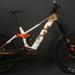 Husqvarna Hard Cross 8 630Wh - 2020